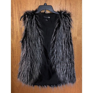 Forever 21 Faux Fur Vest Black & White Size Medium